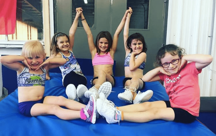 Recreational Cheerleading – The 5 Amazing Benefits Your Child Will Experience!